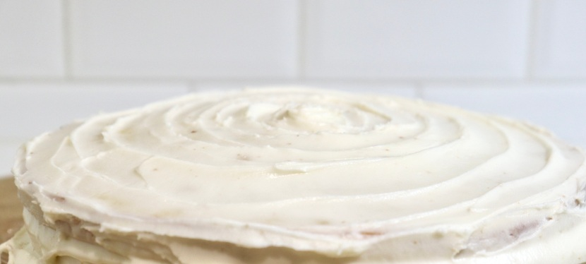 Simplest Vanilla Cake with Buttercream Frosting